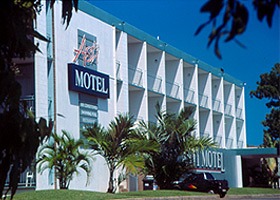 Asti Motel - Accommodation Airlie Beach