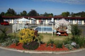 Big Valley Motor Inn - Accommodation Airlie Beach