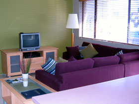 Beachside Court - Accommodation Airlie Beach