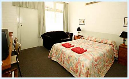 Guichen Bay Motel - Accommodation Airlie Beach