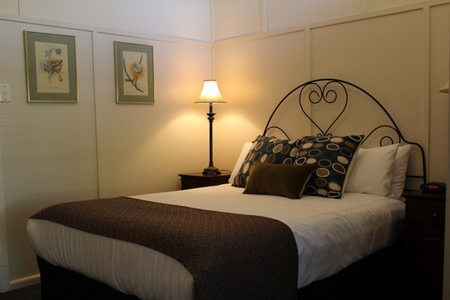 The Bentinck of Woodend - Accommodation Airlie Beach