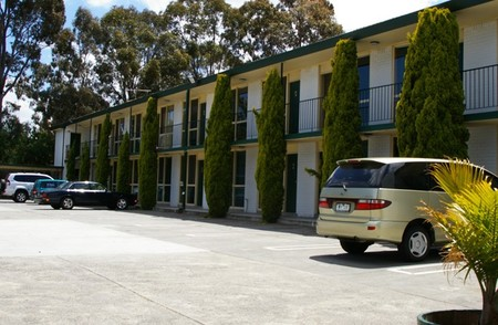 Mulgrave Court Motor Inn - Accommodation Airlie Beach