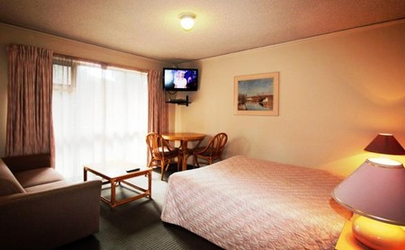 Beaumaris Bay Motel - Accommodation Airlie Beach