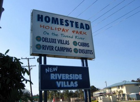Homestead Holiday Park - Accommodation Airlie Beach