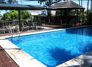 Country Plaza Motor Inn - Accommodation Airlie Beach