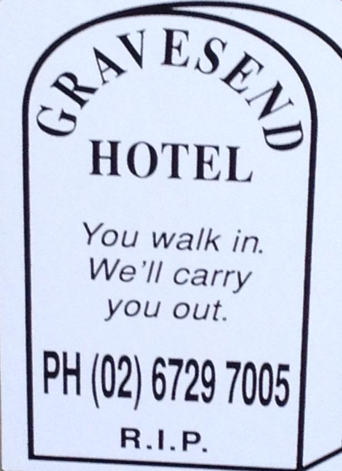 Gravesend Hotel - Accommodation Airlie Beach
