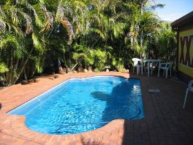 Royal Hotel Resort - Accommodation Airlie Beach