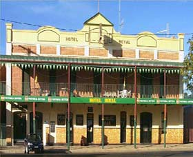 Royal Hotel Coonabarabran - Accommodation Airlie Beach
