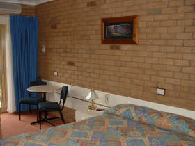 Bogong Moth Motel - Accommodation Airlie Beach