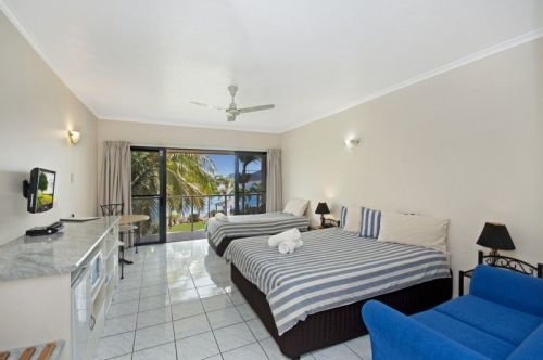Hinchinbrook Marine Cove Motel - Accommodation Airlie Beach