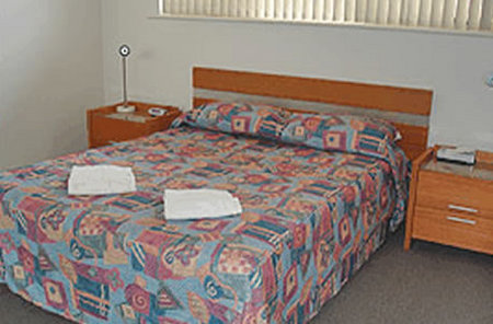 Glenelg Holiday Apartments-Corfu - Accommodation Airlie Beach