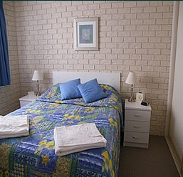 Capri Apartments - Accommodation Airlie Beach