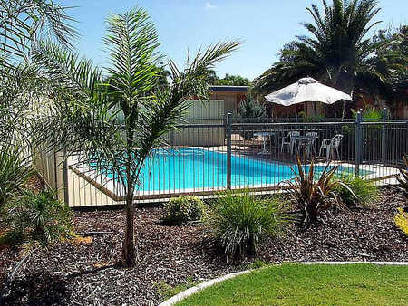 Renmark Motor Inn - Accommodation Airlie Beach