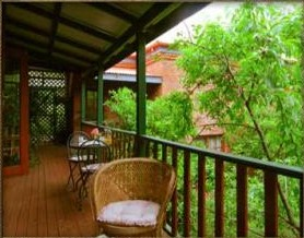 Storey Grange Bed  Breakfast - Accommodation Airlie Beach
