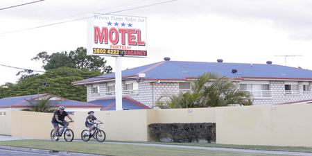 Browns Plains Motor Inn - Accommodation Airlie Beach