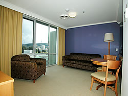 Waldorf Apartments Hotel Canberra - Accommodation Airlie Beach