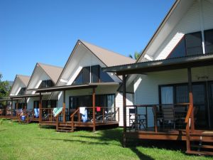 Cardwell Beachcomber Motel  Tourist Park - Accommodation Airlie Beach