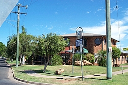 Western Gateway Motel - Accommodation Airlie Beach