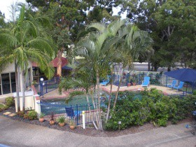 Rainbow Getaway Resort - Accommodation Airlie Beach
