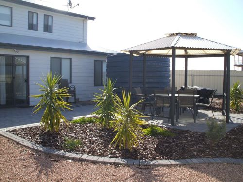 The Harbour View at North Shores Wallaroo - Accommodation Airlie Beach