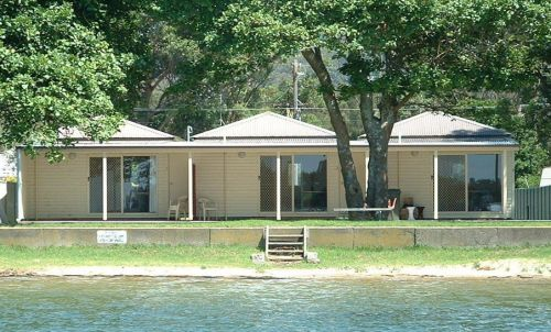 Lorsens On The River - Accommodation Airlie Beach