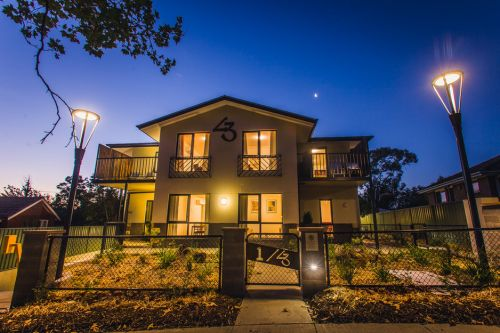 One of a Kind Apartments - Accommodation Airlie Beach