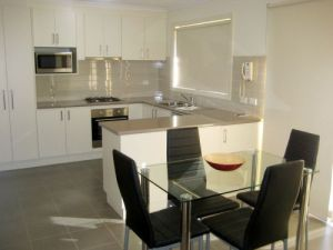 Midtown Serviced Apartments - Accommodation Airlie Beach