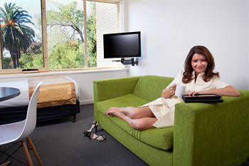 City Edge Serviced Apartments East Melbourne - Accommodation Airlie Beach