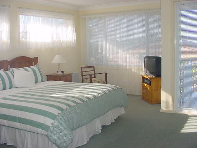 Cronulla Seabreeze Bed  Breakfast - Accommodation Airlie Beach