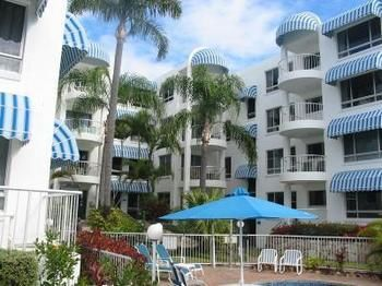 Estoril on Moffat - Accommodation Airlie Beach