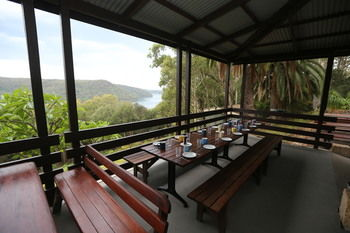 Pittwater YHA - Hostel - Accommodation Airlie Beach
