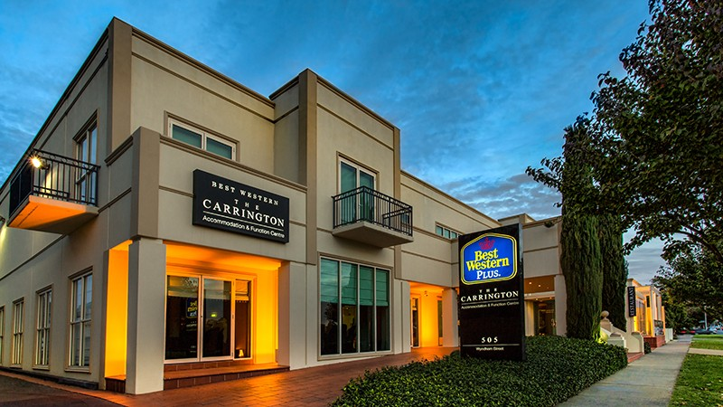 BEST WESTERN PLUS The Carrington - Accommodation Airlie Beach