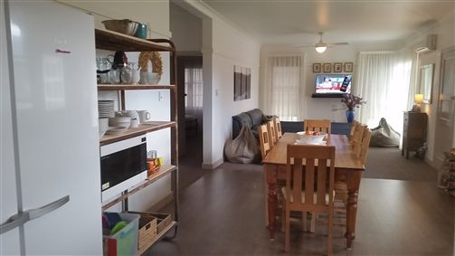 Lakeside Vista Holiday House - Accommodation Airlie Beach