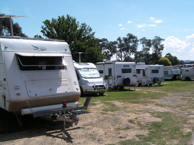 Canberra Carotel Motel  Caravan Park - Accommodation Airlie Beach