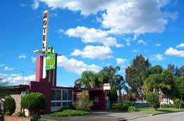 Mayfield Motel - Accommodation Airlie Beach