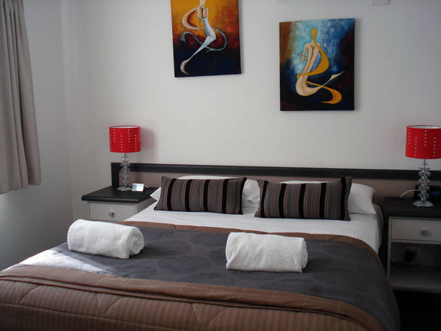 Oakey Motor Inn - Accommodation Airlie Beach