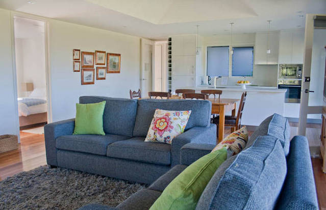 Orani Vineyard Guest House - Accommodation Airlie Beach
