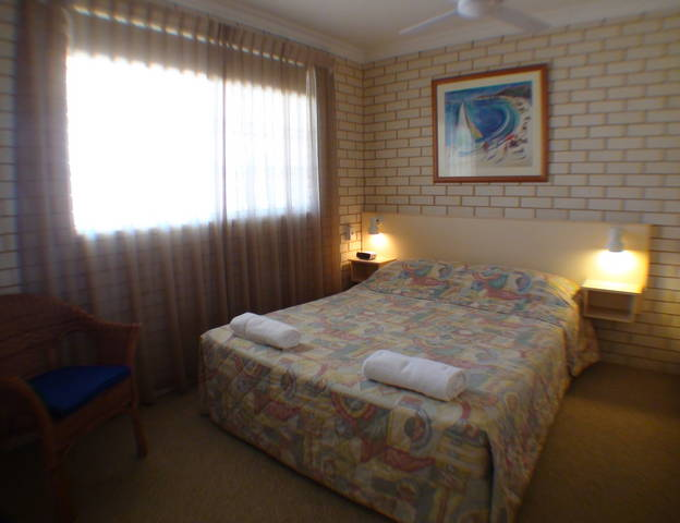 Santa Fe Motel and Holiday Units - Accommodation Airlie Beach