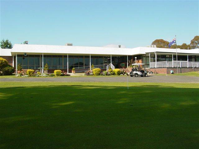 Tenterfield Golf Club and Fairways Lodge - Accommodation Airlie Beach