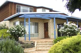 Jacaranda Heights Bed and Breakfast - Accommodation Airlie Beach