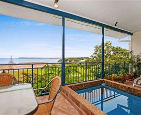 Beach View Holiday Villa - Accommodation Airlie Beach