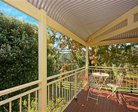 The Acreage Luxury BB and Guesthouse - Accommodation Airlie Beach