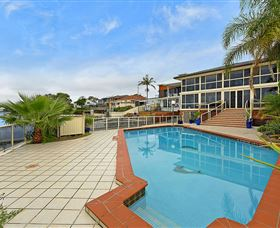 Waterfront Paradise - Accommodation Airlie Beach