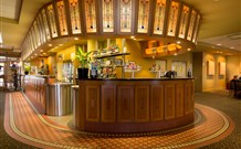 Royal Hotel Springwood - Springwood - Accommodation Airlie Beach
