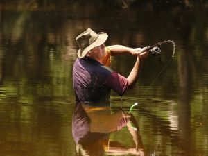 Lochlorian Trout Fishing and Getaway - Accommodation Airlie Beach
