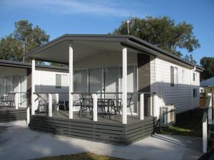 Lakeview Tourist Park - Accommodation Airlie Beach
