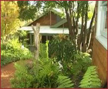 CEDAR CROFT Bed  Breakfast - Accommodation Airlie Beach
