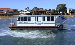 Dolphin Houseboat Holidays - Accommodation Airlie Beach