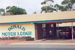 DONALD MOTOR LODGE - Accommodation Airlie Beach