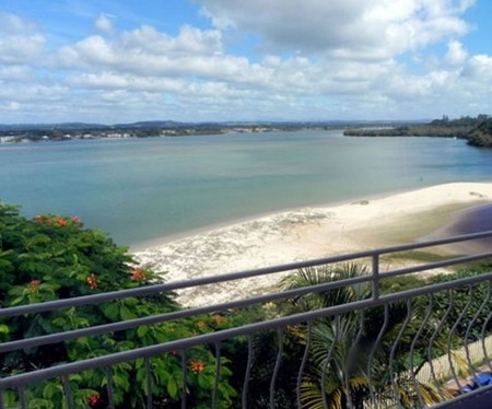 Leisure-lee Holiday Apartments - Accommodation Airlie Beach